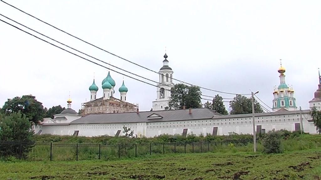 У Толгского монастыря на два дня ограничат движение транспорта